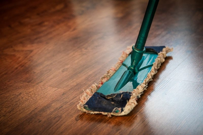 6 Handy Tips on How to Clean Rental Property Before Moving in
